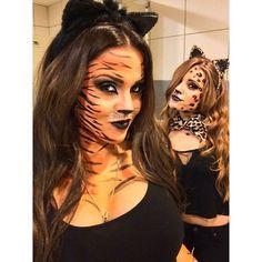 Tiger & Leopard Face MakeUp - Famous Last Words Halloween Inspo, Halloween Makeup Looks, Halloween Make Up, Halloween Costumes, Animal Makeup, Cat Makeup, Cheetah Makeup, Leopard Face, Maquillaje Halloween