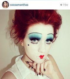Queen of hearts makeup