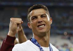 Cristiano Ronaldo encabeza la lista de los mejores pagados según Forbes