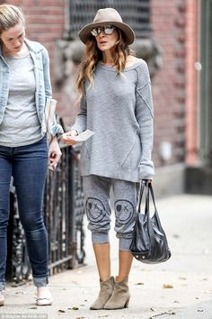 Eagle-eyed: Sarah Jessica Parker was taking her usual stroll in New York on Thursday morning when she spotted a check on the ground