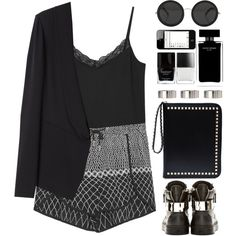 #sneakerstyle #sneakers  #monochrome  #WishList  #StreetStyle  #blackandwhite  #grey #silver #blackandsilver #daywear  #cool #edgy  #lace #printed  #prints #pri...