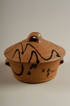 Jeff Oestreich Untitled casserole, 1980-83; purchased in Taylor Falls, Minnesota; stoneware, wood-fired; Gift of American Ceramic Society Collection