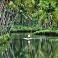 Incredible 🍃 Sungai Maron Pacitan, Indonesia. Photography by @wijaya mamad27 #followmefaraway