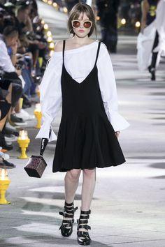 Lucky Chouette Seoul Spring 2016 Collection Photos - Vogue