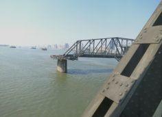 """""""Aussichtspunkt"""" von Dandong hinüber nach Nordkorea"""