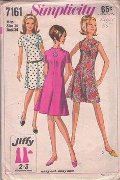 MOMSPatterns Vintage Sewing Patterns - Simplicity 7161 Vintage 60's Sewing Pattern STELLAR Jiffy Mod Space Age Twiggy Funnel Neck Center Seam Dress, Flirty Flared Skirt Size 14