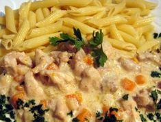 Esterházy csirkeragu Receptek a Mindmegette. Meat Recipes, Chicken Recipes, Cooking Recipes, Healthy Recipes, Drink Recipes, Hungarian Cuisine, Hungarian Recipes, Hungarian Food, Good Food