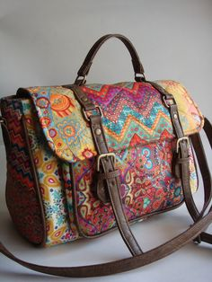 dba012500 10 top imagens de Bolsa couro | Leather tote handbags, Backpacks e ...