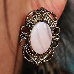 Retro Court Style Hollow Lace Precious Stone Stud Earrings E329 – USD $ 0.79