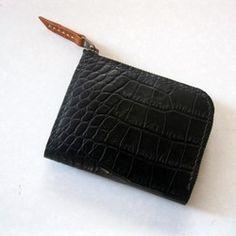 クロコ型押しレザー*やや大きめハーフウォレット*ブラック|財布・二つ折り財布|copito|ハンドメイド通販・販売のCreema