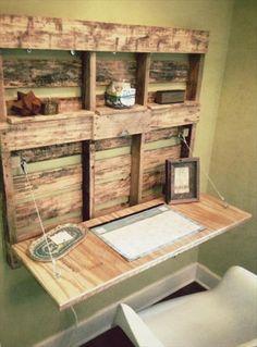 Pallet Wood Foldable Computer Desk | 101 Pallets
