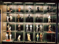Star Wars Hot Toys & Sideshow Collectables Display.
