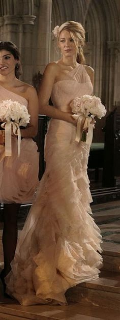 In the 100th episode of Gossip Girl, Serena van der Woodsen, played by Blake Lively, wore Vera Wang's Farrah gown, as Maid of Honor in Blair Waldorf's wedding. Vera Wang gowns are sold at The Bridal Salon at Saks Jandel.