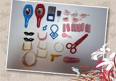 accesorios de belleza tocador ,etc 4 espejos 8 ruleros 5 hebillas mariposas 2 hebillas peineta 8 pares de lentes 1 vincha rigida 1 collar perlas azul