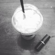 Coffee n lipstick