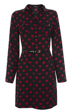 Eva Price Heart Print Dress on Coronation Street Style Wish, My Style, Oasis, Nice Dresses, Dresses With Sleeves, Women's Dresses, Pretty Shirts, Heart Print, Office Outfits