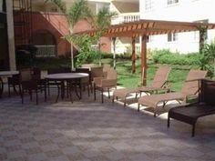 3 Quartos 1 Suíte - Apartamento com 83m2 , condomínio fechado com fácil acesso para a Orla e Paralela.