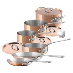 Striking style meets exceptional functionality with the Mauviel Copper and Stainless Steel Cookware. Its durable build allows uniformed heat distribution for daily cooking, while cast iron handles and a copper finish bring beauty into any kitchen. Copper Cookware Set, Pots And Pans Sets, Pan Set, Kitchen Accessories, Decoration, Stainless Steel, Ebay, Copper Kitchen, Modern Kitchens