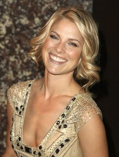 More Pics of Ali Larter Pinned Up Ringlets