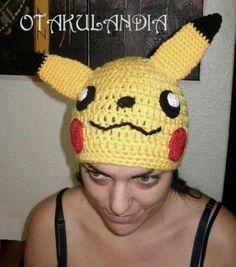 Gorro Pikachu - modelo exclusivo de Otakulandia realizado a mano en crochet.