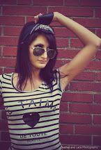 Photo Rocker Girl, T Shirts For Women, Tops, Fashion, Moda, La Mode, Shell Tops, Fasion, Fashion Models