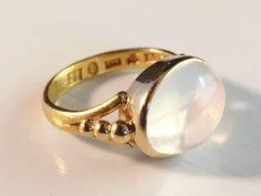 Antique 1907 18k Gold and Moon Stone Ring. Maker Wahlberg, city of Gävle Sweden. Stunning.
