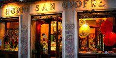 Horno de San Onofre. Roscones. C/ Hortaleza 9. Una de las pastelerías más tradicionales de Madrid.