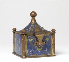 Taken from the Greek word 'pyxis' meaning 'box-wood receptacle', pyxes were vessels used to house the Eucharist which was given to the congr...Limoges, ca 1200.