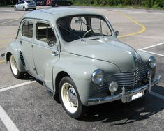 Renault 4CV de 1952