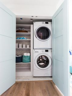 Laundry & Linen Closet Idea (from Beth Lindsey Interior Design via House of Turquoise)