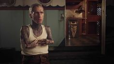 American Horror Story: Freak Show - Extra-Ordinary Artists - Mat Fraser