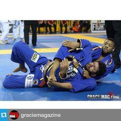 #Repost @graciemagazine ・・・ COVERAGE: Tim Spriggs debuted in the open class with this choke on Diogo Almeida .| #pan2015 #graciemag #ibjjf #jiujitsu #bjj