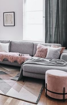 TEA ROSE - The interior dream couple Grau & Blush! Opposites attract, they say. And who sees the new Interior Dream team in this trend, can . Classy Living Room, Living Room Decor, Sofa Design, Scandinavian Sofas, Greige, Grey Couches, Tumblr Rooms, Opposites Attract, Furniture