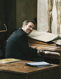 Hugh Laurie playing piano because aside from his acting capabilities, he's quite musically inclined, too. Gregory House, Movies Showing, Movies And Tv Shows, Dr House Quotes, Mejores Series Tv, Everybody Lies, House Cast, Lisa Edelstein, American Series
