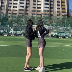 "Instagram의 봄님: ""내가 누구게⠀~ ⠀ ⠀ ⠀ ⠀ ⠀ ⠀ ⠀ ⠀ ⠀ ⠀ ⠀ #졸업식 #교복 #중학교 #여고딩 #고딩 #전신샷 17 #18 #19 #추억팔이 #fff #4l4 #instadaily…"" Korea, Nude, Student, Running, Womens Fashion, Instagram Posts, Sports, People, School"