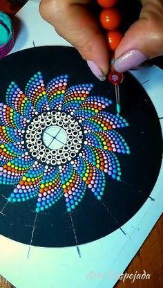 Dot Painting Tools, Stone Art Painting, Rock Painting Patterns, Art Painting Gallery, Dot Art Painting, Rock Painting Designs, Painting With Dots, Mandala Canvas, Mandala Artwork
