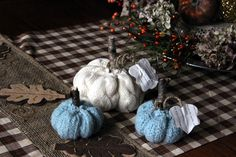 Good morning ! Today I am sharing my sweater pumpkins ! I made some last year that you can see here  .. I wanted some cream colored swea...