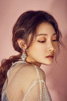 Chung Ah, Korean Makeup, Soyeon, Celebs, Celebrities, Queen, Korean Singer, Korean Girl Groups, Girl Crushes