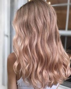Rose gold waves by Kelly Massias