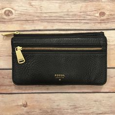 fσѕѕιℓ - Black Leather Wallet ☞ ℓσωєѕт? Prices are firm unless bundled. Lowballs are ignored. I lower my prices frequently & offer a bundle discount!   ☞ мσ∂єℓ? With the wide range of sizes/styles that I offer, not everything fits me & therefore I do not model my items. I try my best to describe anything that is not exactly true to size.  ☞ яєѕєяνє? Sorry guys but I do not reserve items.  ☞ тяα∂є? No trades! Ever! Sorry! Fossil Bags Wallets