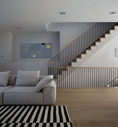 This Gorgeous London Townhouse Embodies Minimalist Swank - Adventures in Interior Design - Curbed National Home Stairs Design, Railing Design, Interior Stairs, Interior Architecture, Interior And Exterior, House Design, Interior Design, Stair Design, Minimalist Home Decor