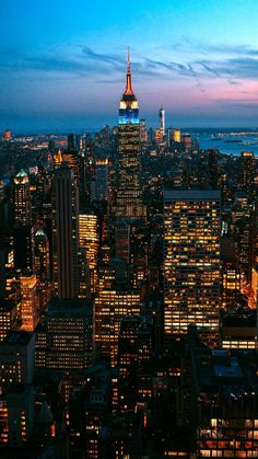 phone wallpaper photography handyhintergrundbild Free Phone Wallpapers and Backgrounds 4 842665780263651408 New York Wallpaper, City Wallpaper, Cityscape Wallpaper, City Aesthetic, Travel Aesthetic, Photographie New York, Pretty Phone Wallpaper, Vintage Phone Wallpaper, City Vibe