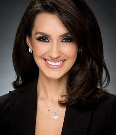 news anchor hair - I love this look, but I'm not sure what I need to do with my hair color and shape to get it there. #hair