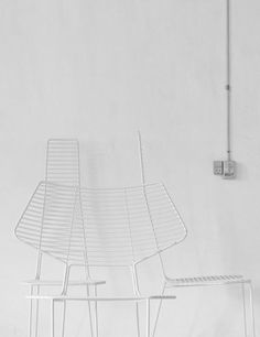 Méchant Design: lamps and chairs...