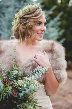Vintage blue fox fur on this bridal stole and a lovely spray of natural greens!