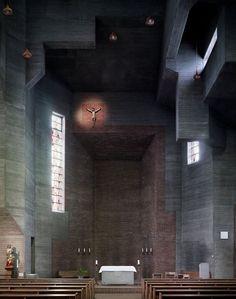 "Interiores de Iglesias Europeas - Decographie - Blogs C - El fotógrafo Fabrice Fouillet ha realizado una serie de fotos que ha llamado ""Corpus Christi""."