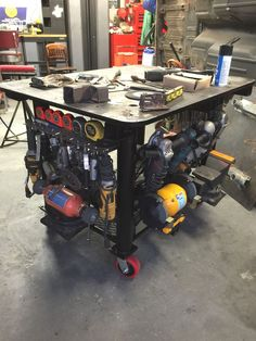 Welding Bench, Welding Cart, Welding Shop, Welding Jobs, Diy Welding, Metal Welding, Metal Projects, Welding Projects, Welding Ideas