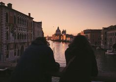 Best Tips to Making The Most Of Your Venice Italy Vacation Wanderlust, Belle Villa, Italy Vacation, Vacation Trips, Nightlife Travel, Adventure Is Out There, Venice Italy, Milan Italy, Oh The Places You'll Go