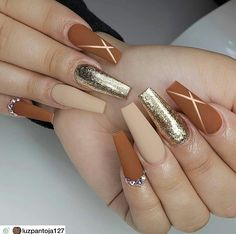 Matte Coffin Nail Design for Fall If you love matte nails, then you are in for a treat because we've collected some of the best matte nail designs to inspire you! Check them out! Matte Nail Art, Coffin Nails Matte, Aycrlic Nails, Fall Acrylic Nails, Glam Nails, Dope Nails, Acrylic Nail Designs, Pink Nails, Autumn Nails