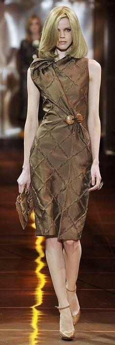 Giorgio Armani Privé Haute Couture Fall Winter 2010/2011